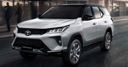 Fortuner facelift makes global debut, to come to India early next year