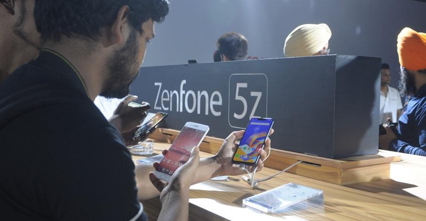 ASUS ZenFone 5Z: Dapper looks meet decent performance
