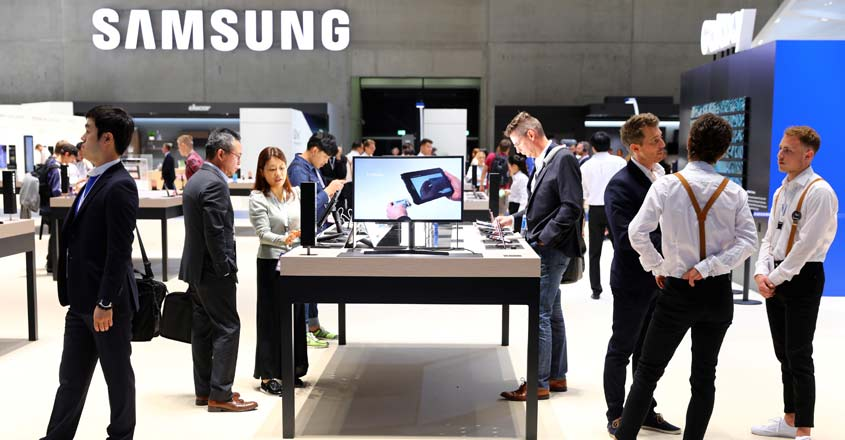 Samsung may gain from Huawei's plight in ongoing trade war