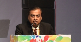 Reliance offers Amazon $20 billion stake in retail arm