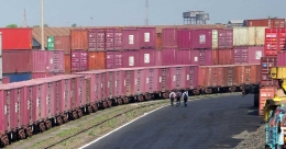 Chinese consignments piling up at ports: Makers fear acute shortage, price hike