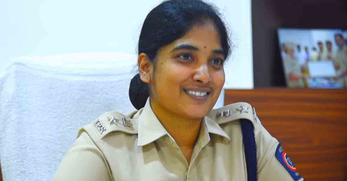 Married at 14, two children at 18; This did not stop Ambika from becoming IPS officer