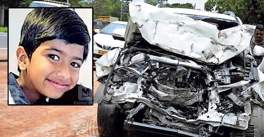 Boy dies as seat belt tightens up badly during car-lorry crash on NH