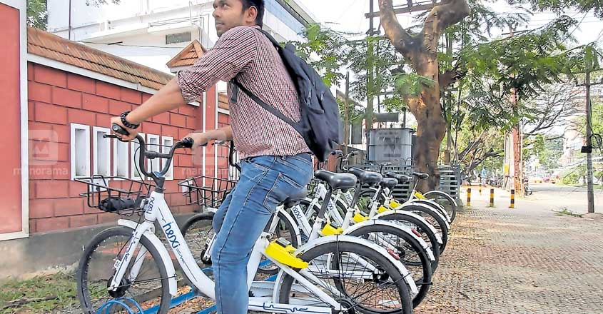 Hire a cycle as you get down from Kochi Metro, know more here