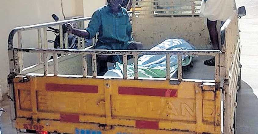 No ambulance, dead body taken in pick-up van in Idukki