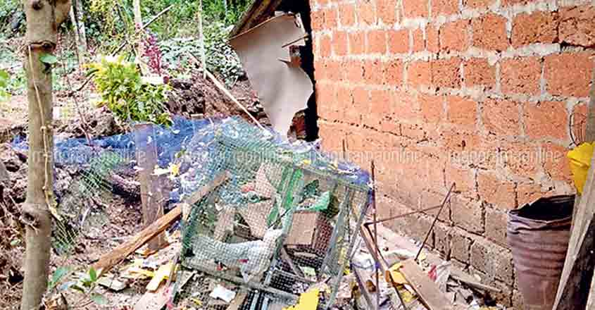 2 children injured as crude bomb goes off at RSS worker's house