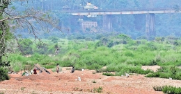 Sand mining, garbage dumping sound death knell for Irikkur River