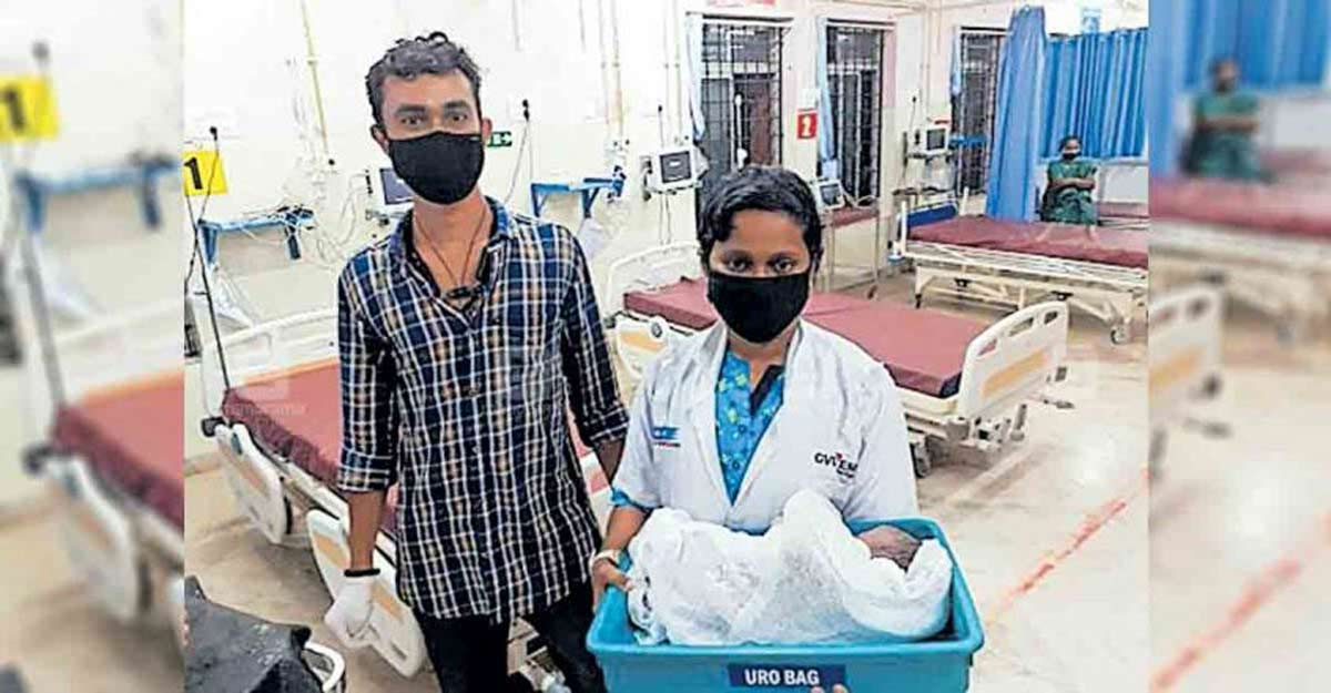 Woman from UP delivers child in auto-rickshaw at Kasaragod