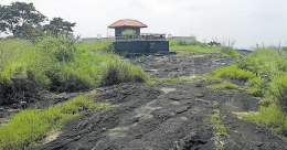 Local people protest as quarry mafia eyes Ayiravilly rock