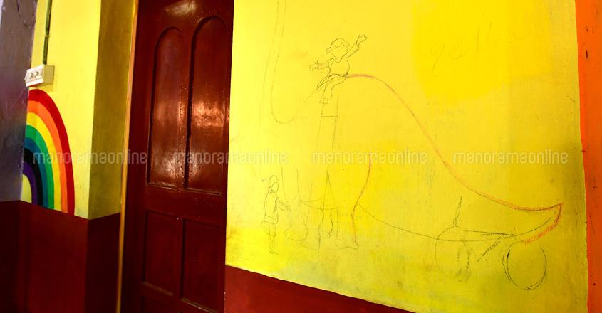 Bedridden artist hopes to complete unique painting work in school