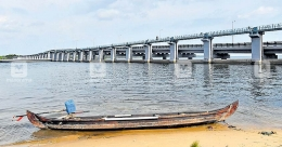 Kumarakom fishers expect better catch as Thanneermukkom bund opens