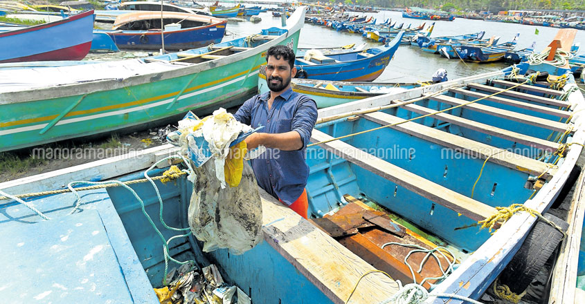 In love with the sea, this Kozhikode youth is battling plastic menace