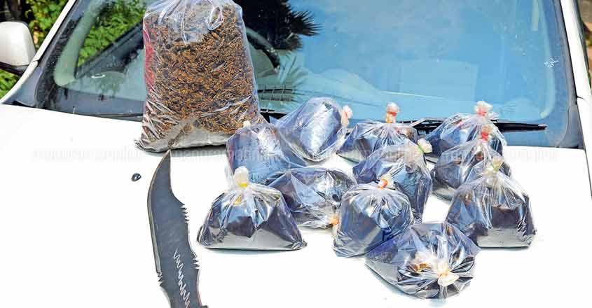 3 arrested for smuggling hashish oil, ganja; sword too seized