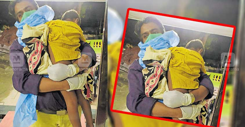 Tehsildar rescues toddler stranded on city road at night