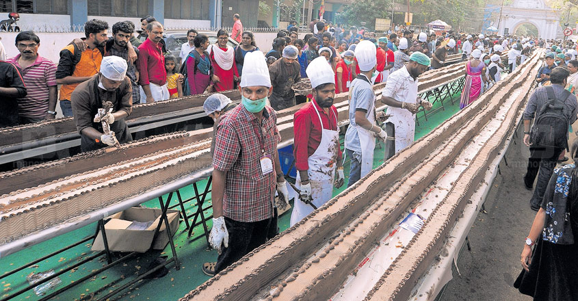 With 6.5 km cake, Kerala sets record for world's longest cake in Thrissur!