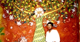 Malayali muralist's strokes on Banaras walls laced with music