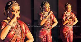How Shobana prevented filming of  Bharatanatyam performance via unique 'mudras' | Photo story