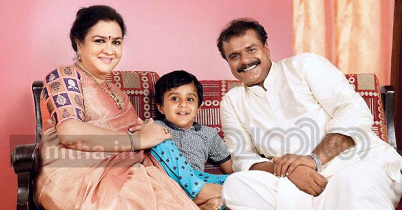 urvashi-family