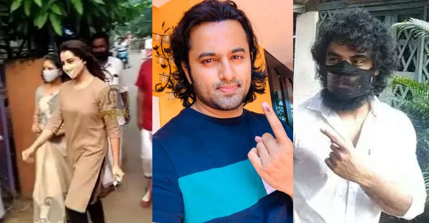 Manju, Unni Mukundan and Tovino cast their votes at the local election