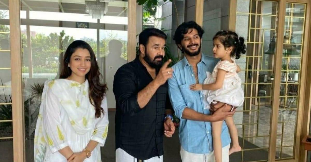Mohanlal's pic with Dulquer Salmaan and family can't be missed!
