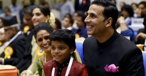 Akshay Kumar, Surabhi and Adish Praveen