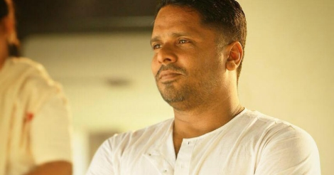 Love is Never Fast-paced, says Aashiq Abu on 'Mayaanadhi'