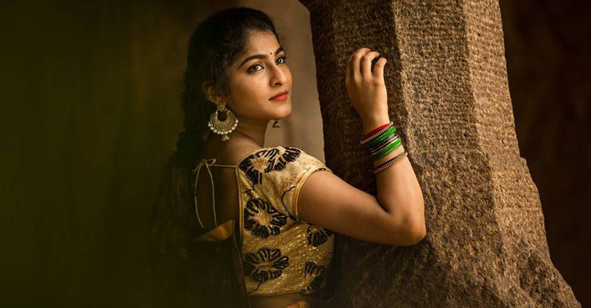 'Ladoo' heroine Gayathri finally has her tryst with acting