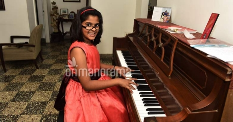Uthara in the wonderland of musical delights