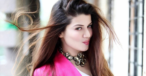 Every actor should learn from Mohanlal: Kainaat Arora