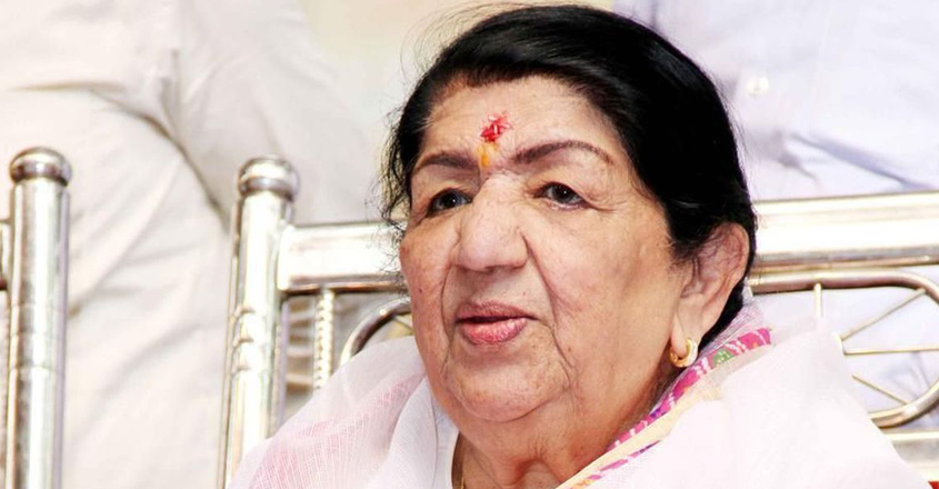 Lata Mangeshkar showing signs of improvement, says hospital sources