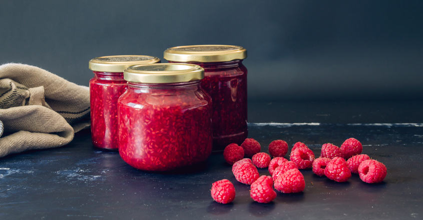 Easy and tasty raspberry jam | Shutterstock