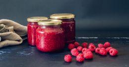 Easy and tasty raspberry jam