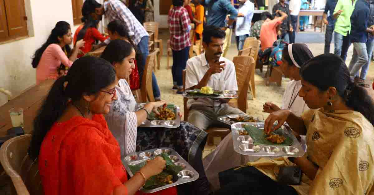 Devamatha College students experience real culinary culture of Kerala