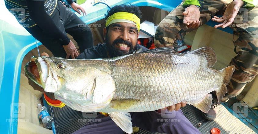 fishing-unni