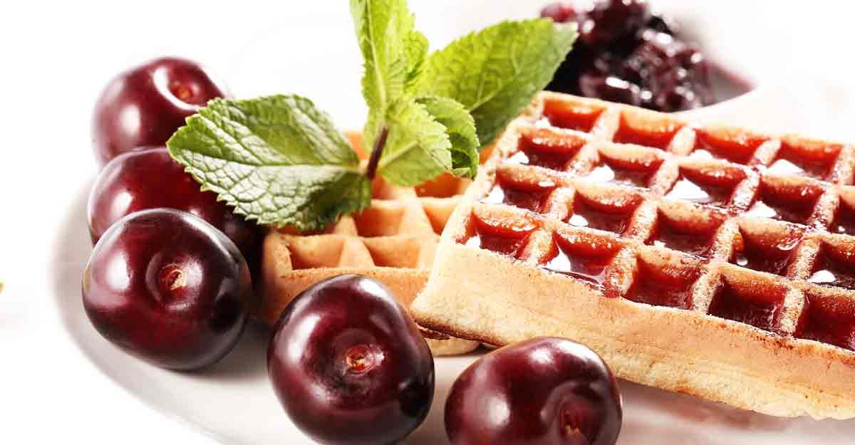 Christmas recipe: Cherry waffles | Shutterstock