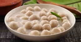 Sweet pidi in coconut milk