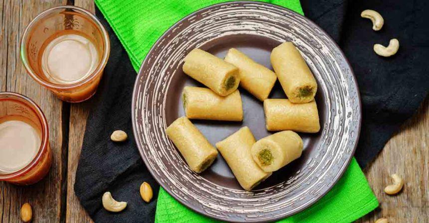 Homemade Kaju-pistachio roll