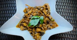 Restaurant-style mushroom masala
