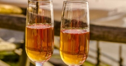 Easy banana wine in just 10 days