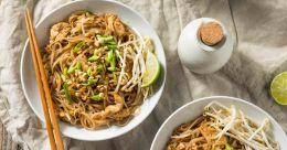 Thailand special chicken pad thai