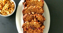 Wheat and dates cake without sugar
