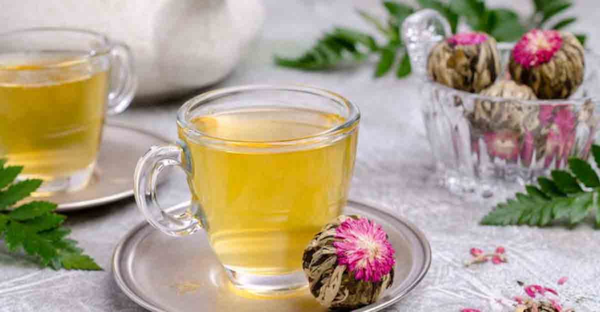 Make instant tea with these tea bombs