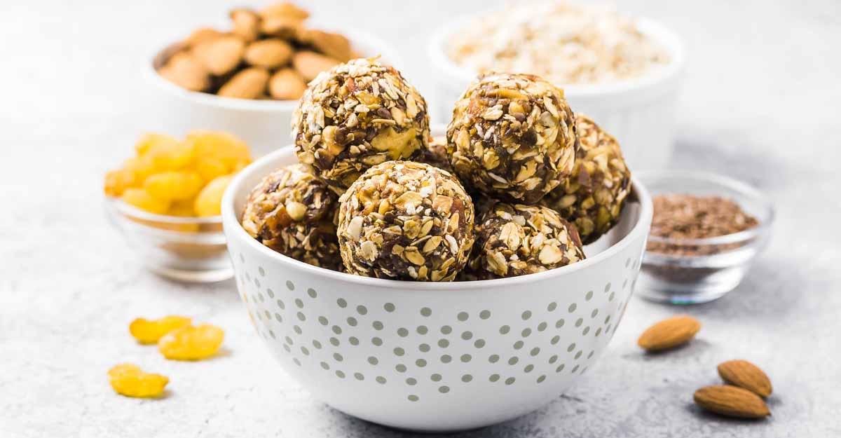 Chocolate peanut butter immunity bites