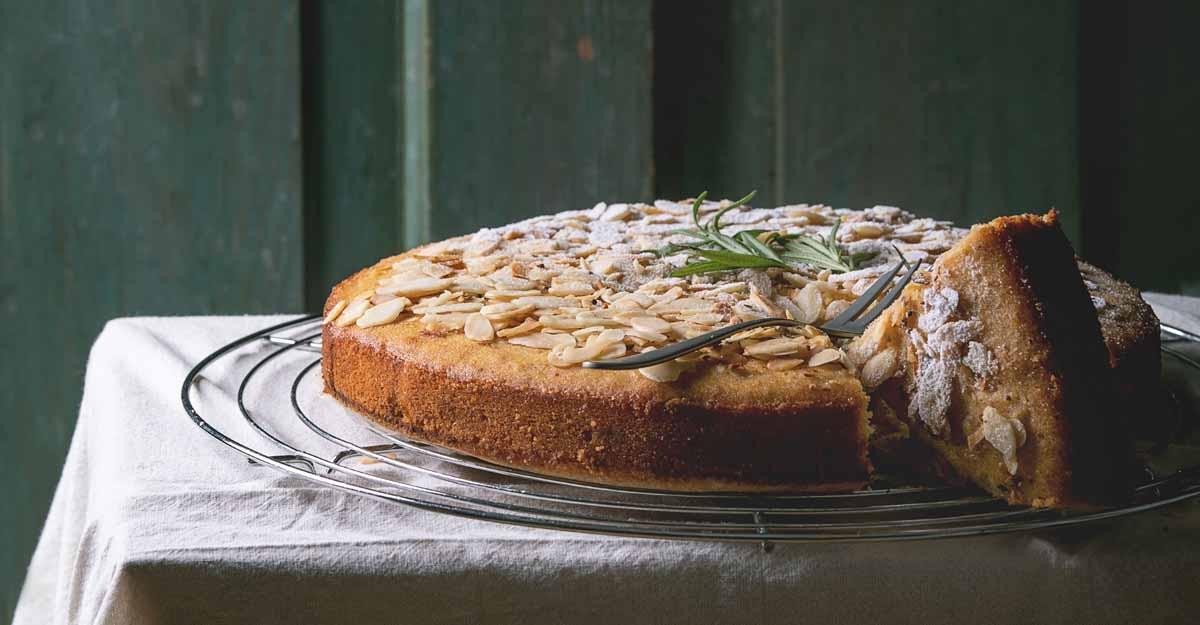 gluten-free-almond-cake