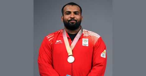 Weightlifter Pardeep claims silver at CWG