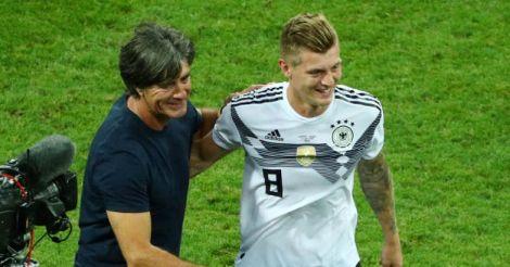Loew congratulates Kroos