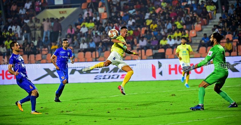 ISL: Blasters, Mumbai City play out an entertaining 1-1 draw