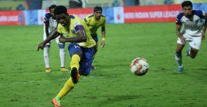 ISL: Kerala Blasters stun Bengaluru FC, register 2-1 win
