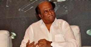 Rajinikanth to brainstorm on 'political entry' with supporters