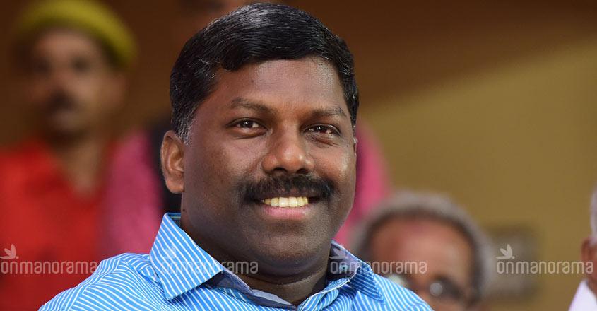 Dirty picture of poll campaign: After Deepa, it's Ramya Haridas vs Vijayaraghavan now